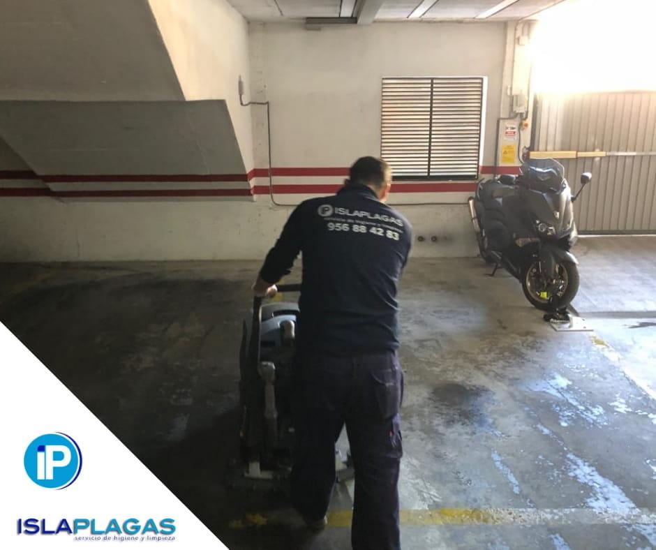 Mantenimiento y limpieza de garage 01