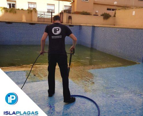 Preparación de piscinas para temporada de verano 01