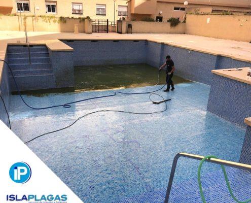 Preparación de piscinas para temporada de verano 03
