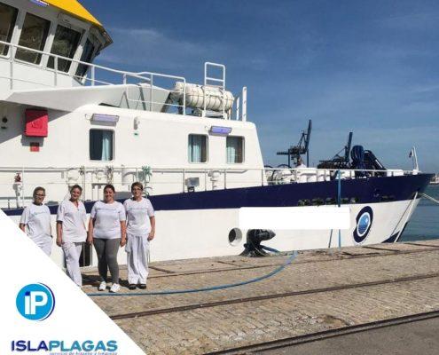limpieza de barcos ISLAPLAGAS 02